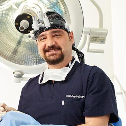 Д-р Озтан Озгюр (Dr. Özgür Öztan)
